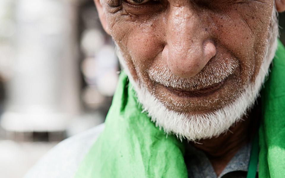 Man at the market – Lahore, Pakistan (2006)