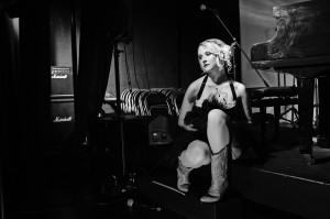 Gold Coast musician, Lauren Lane, By Photographer Paul Williams